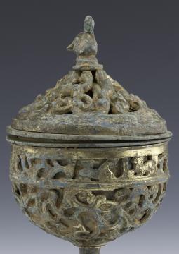 Brûle-parfum, bronze, Dynastie des Han (IIIe s. av. J.-C. – IIIe s. apr. J.-C), musée de Shanghai © Musée de Shanghai